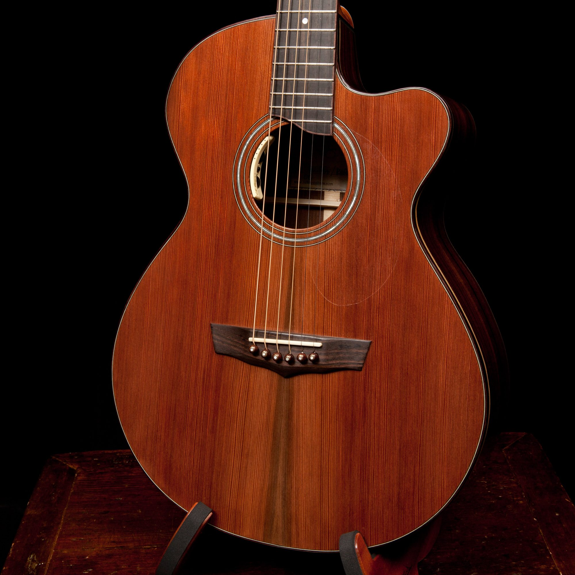 Jay-Lichty-guitar