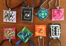 Lisa-Drum-pendants
