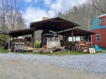 MeltingMountainPottery-kiln-shed