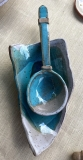 spoon-with-rest-turquoise-white