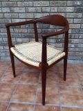 Wegner-The-Chair-1-900x1200-pixels