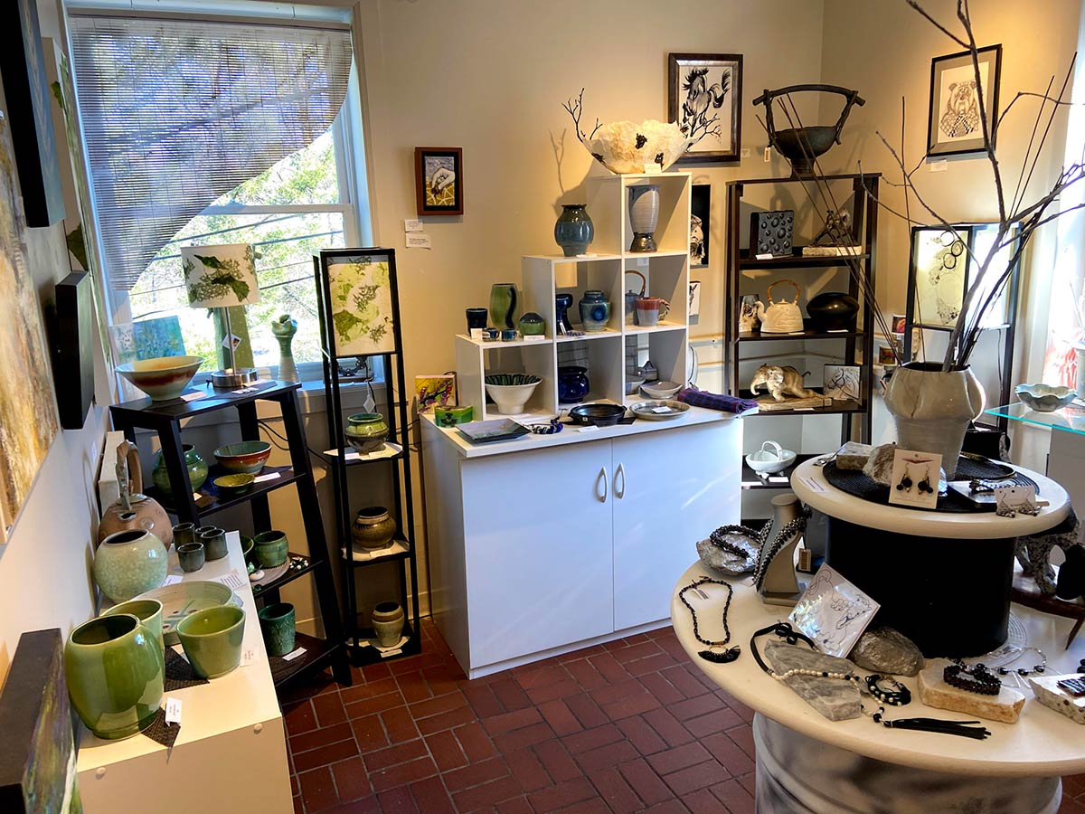 TryonPS-gift-shop-2