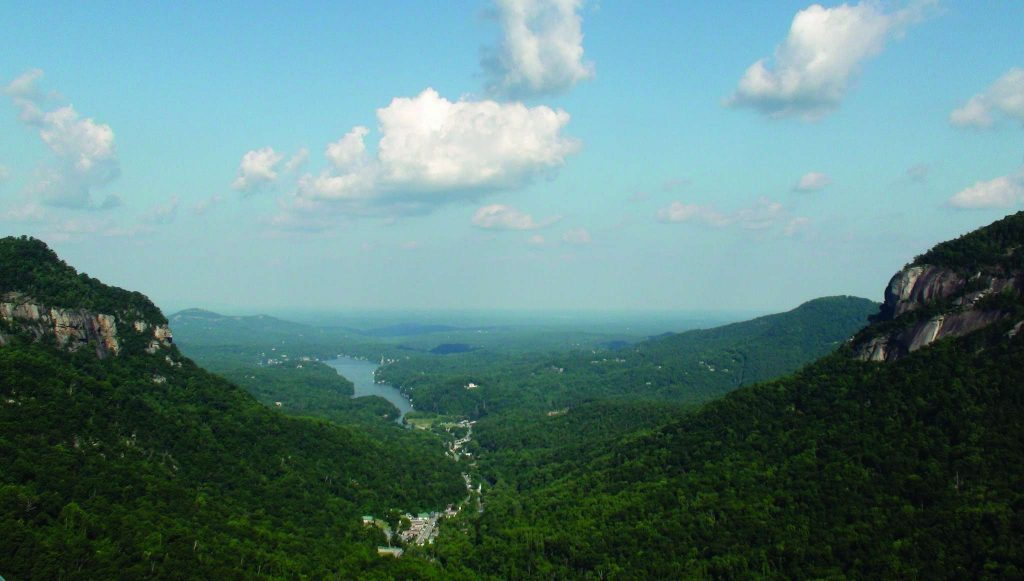Hickory nut gorge chimney rock lake lure for Lake lure arts crafts festival