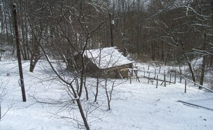 Appalachian Homestead cabin in the snow